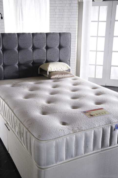 Belgravia winter /summer divan set-0